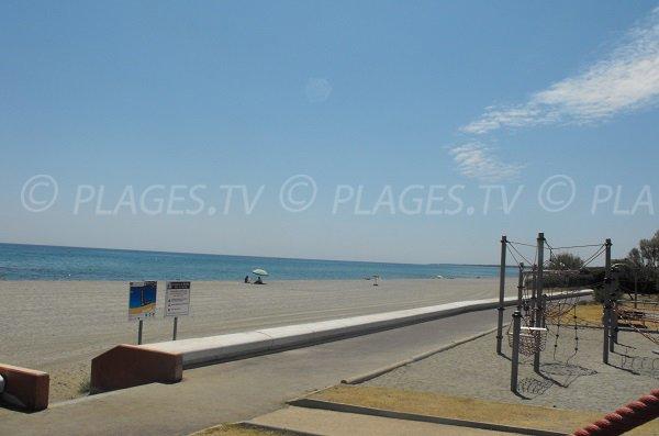 aree gioco spiaggia Arinella a Bastia