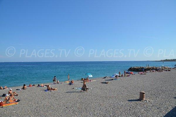 Plage de Nice à proximité de l'aéroport - Aubry Lecomte