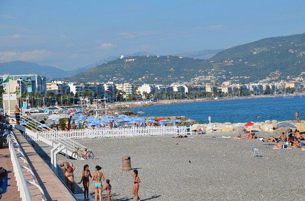 spiaggia privata del Radisson Nizza