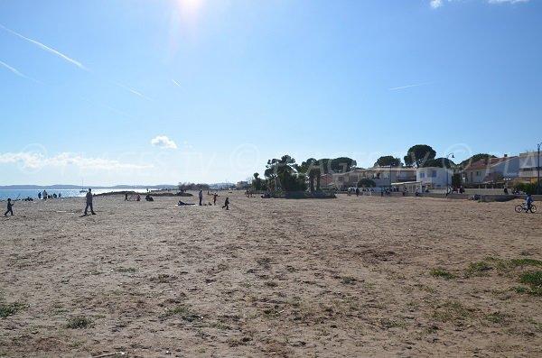 Photo de la plage de l'Ayguade - Hyères