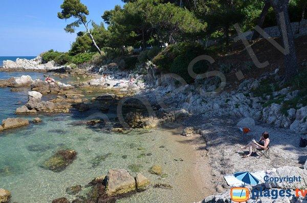 Confidential cove in Cap d'Antibes