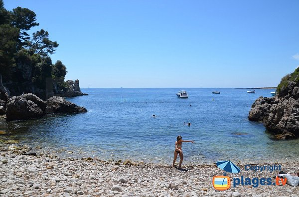 Secret beach in Cap d'Antibes