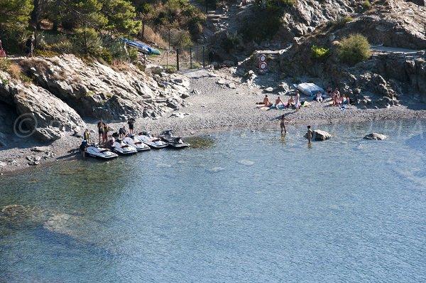 Crique sur le sentier du littoral en allant au Cap Béar - Port Vendres 66