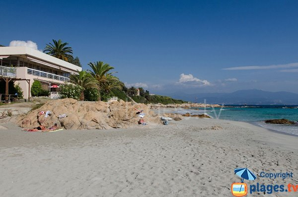 Restaurant Pech sur la plage de Barbicaja à Ajaccio