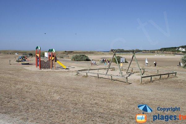 Aire de jeux à proximité des plages de la Falaise et du Bas Pouldu - Guidel