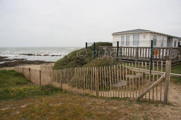 Access to the Bastille beach in La Turballe