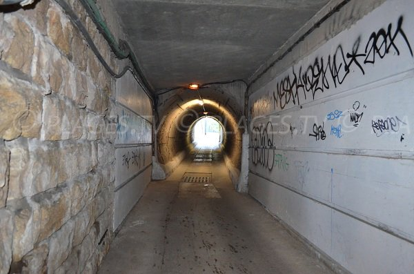 Tunnel of the Batterie beach