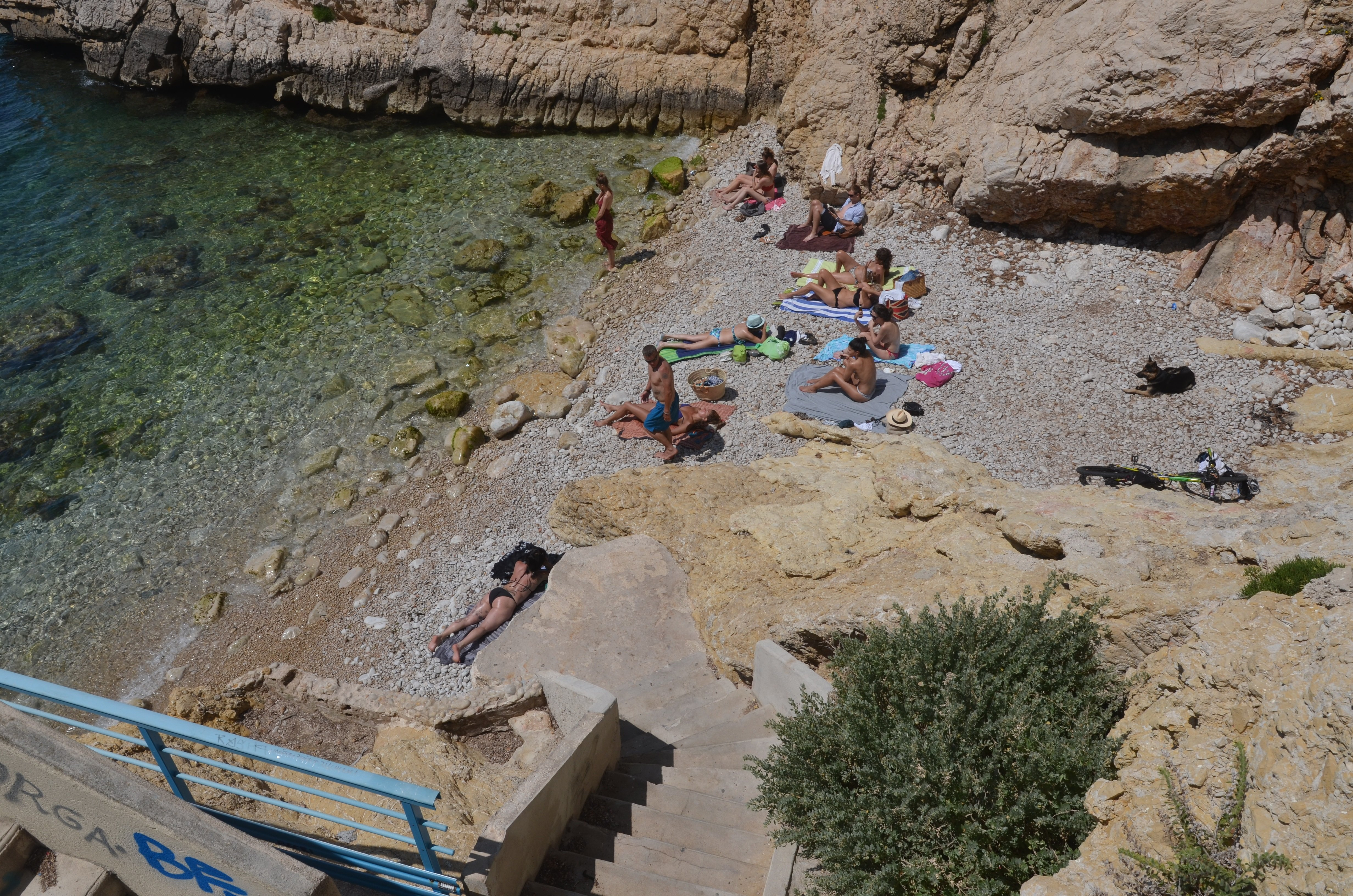 Cove in the Batterie des Lions beach in Marseille