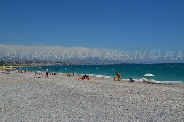 Batterie beach in Villeneuve-Loubet supervised in summer