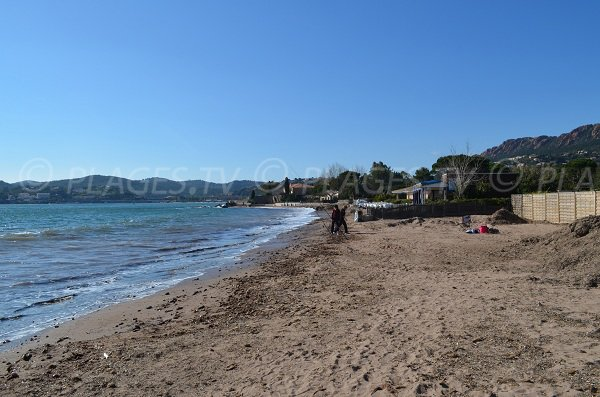 Baumettes beach in Agay and view on Dramont
