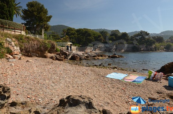 Photo de la plage de Beau Rivage à Carqueiranne