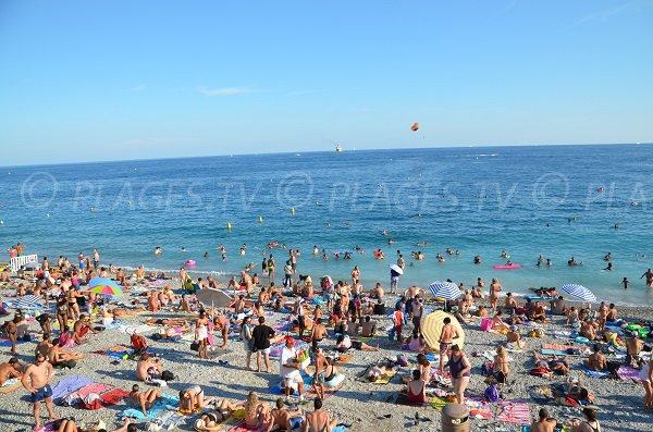 Photo de la plage de Beau Rivage en été à Nice
