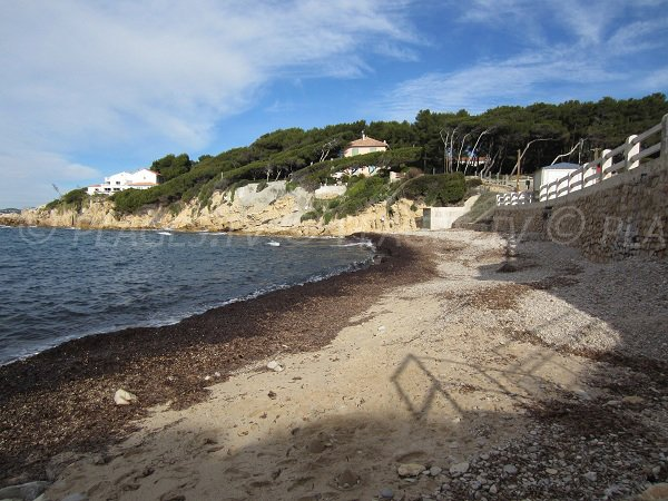 Spiaggia di Beaucours a Sanary sur Mer in inverno