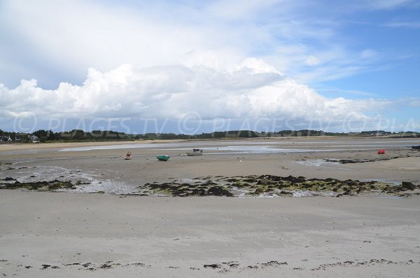 Photo of Beaumer beach in Carnac and view on Stuhan island