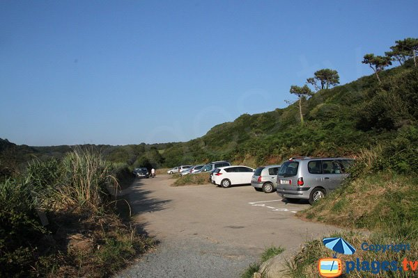 Parking of Goaslagorn beach - Lannion