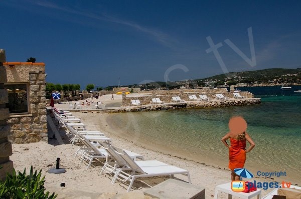 Photo of the beach on the Bendor Island - France - Bandol