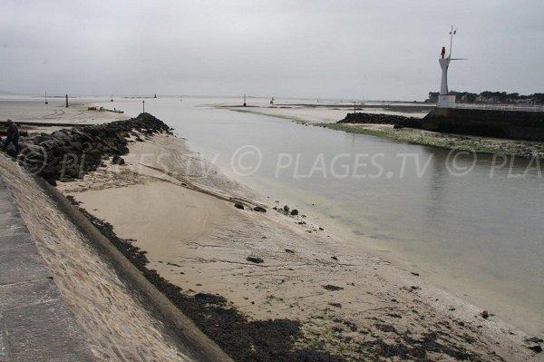 Harbor and beach of La Baule - Esplanade Benoit