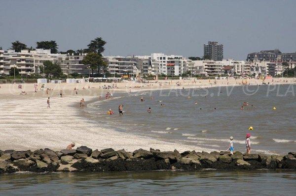 Benoit beach in La Baule from Pouliguen