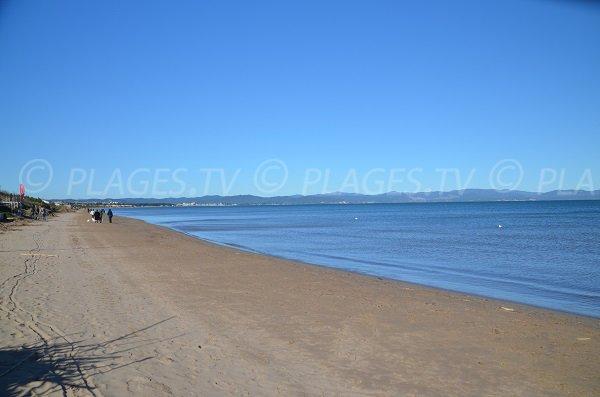 Photo de la plage de la Bergerie à Hyères
