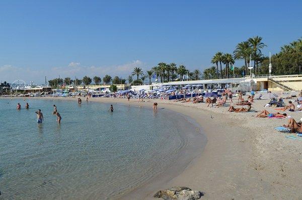 Plage privée à Bijou Plage à Cannes