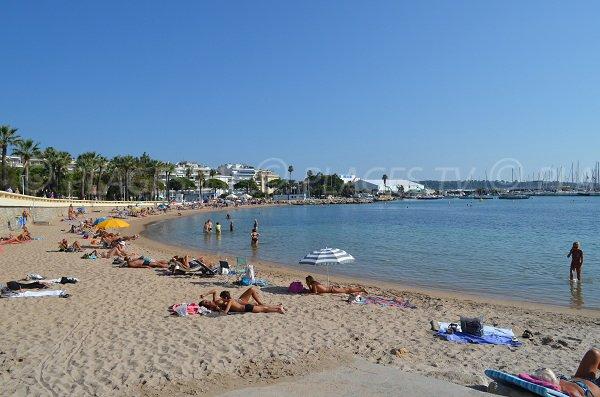 Spiaggia Bijou a Cannes