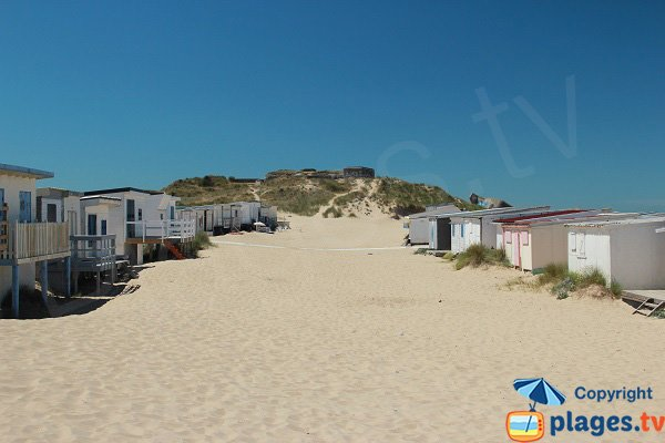 Chalets on the sand of Blériot