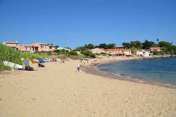 Bonne Terrasse in Ramatuelle - Sand beach