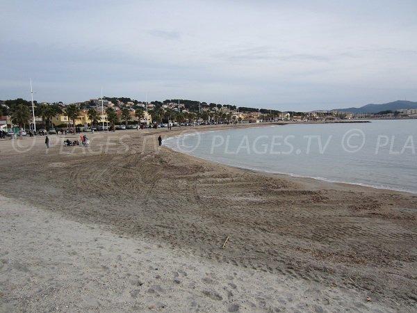 Spiaggia pubblica a Six Fours les Plages