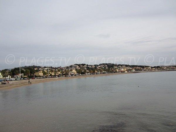Spiaggia di sabbia di Bonnegrace a Six Fours les Plages