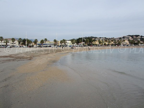 Spiaggia di Bonnegrâce a Six Fours les Plages - inverno