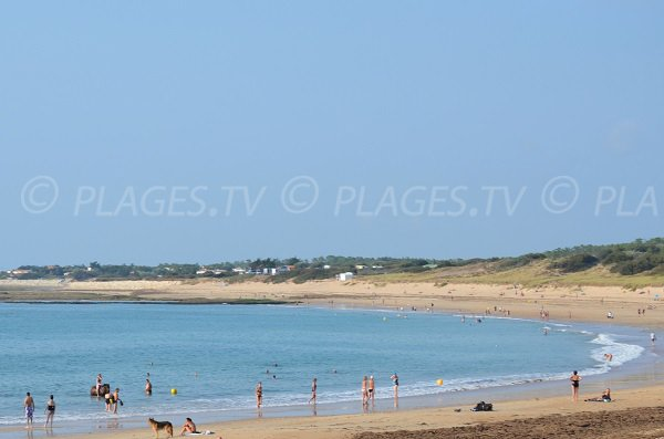 Beaches of Sables Vignier and Bonnes in Oleron island
