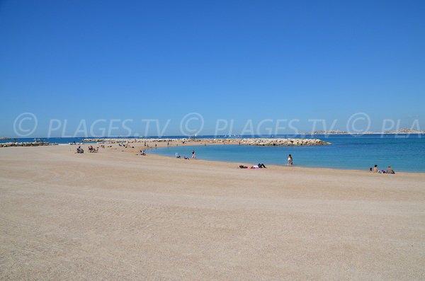 Bonneveine Beach In Marseille Bouches Du Rhone France Plages Tv