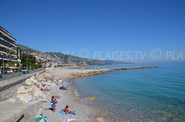 Plage proche de Roquebrune Cap Martin à Menton - Borrigo