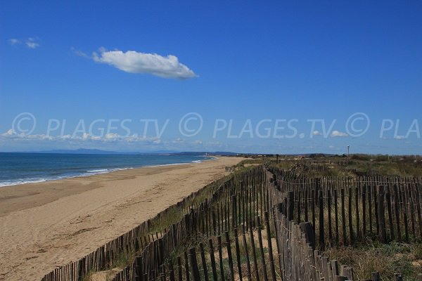 Bosquet beach in Portiragnes towards Sérignan