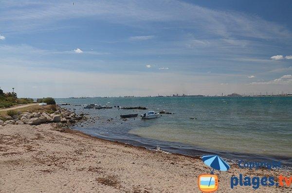 Fos sur Mer depuis la plage de Bottaï de Port de Bouc