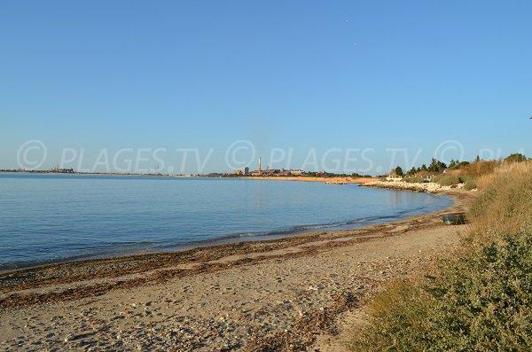 plage des botta 239 port de bouc 13 bouches du rhone paca plages tv