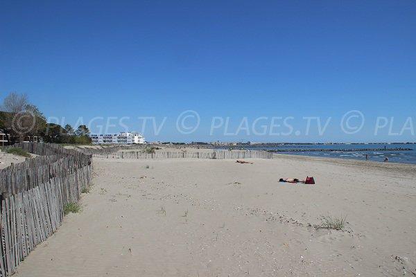 Spiaggia Boucanet del Grau du Roi - Handiplage