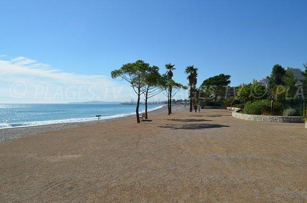 Promenade de la mer à Villeneuve-Plage