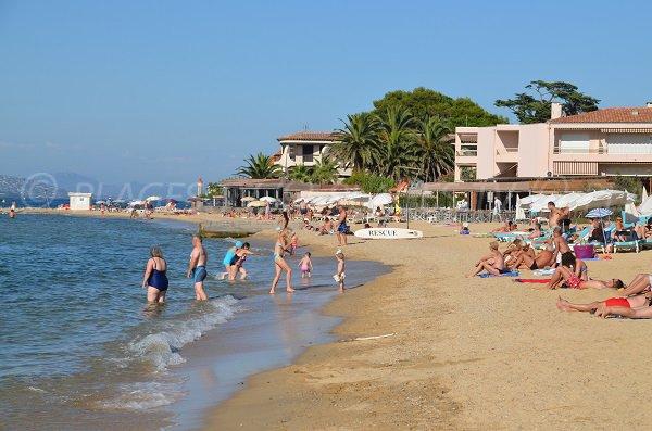 Plage privée de la Bouillabaisse - St Tropez