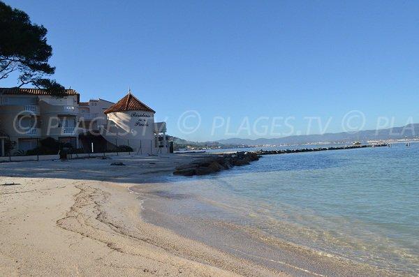 Plage de la Bouillabaisse à St Tropez