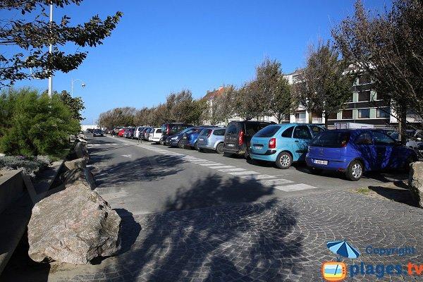 Parking à proximité de la plage de Boulogne