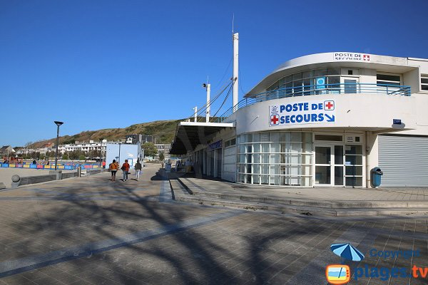Poste de secours de la plage de Boulogne