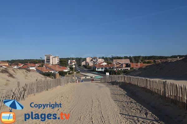 Accès à la plage des Bourdaines de Seignosse dans le 40