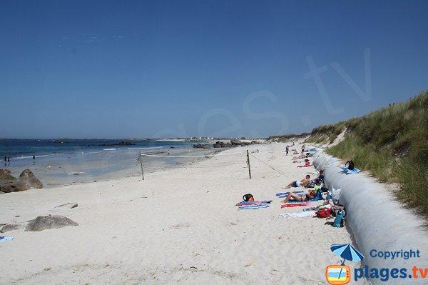 plage de Boutrouilles à Kerlouan