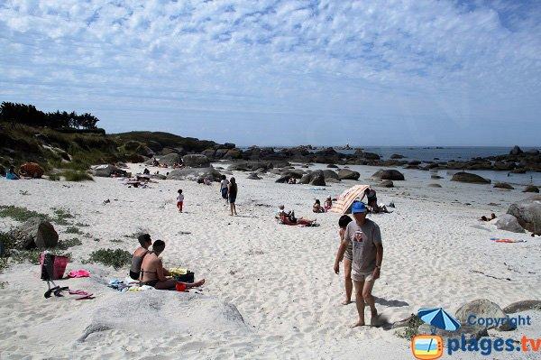 Photo de la plage de Boutrouilles à Kerlouan