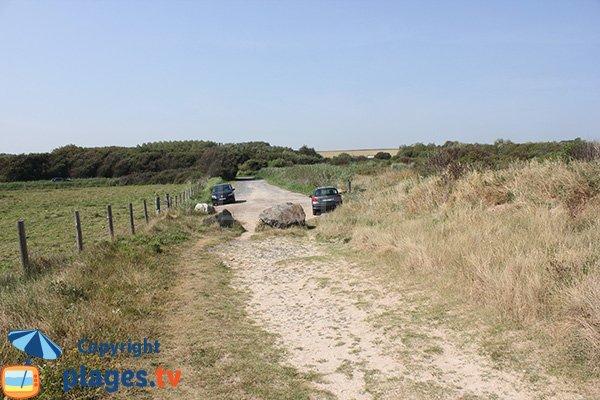 Access to Bisson beach in Graye sur Mer