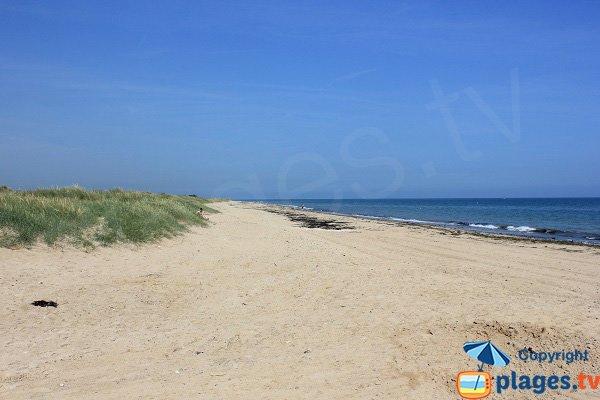 Photo de la plage de la Brèche de la Valette à Graye sur Mer