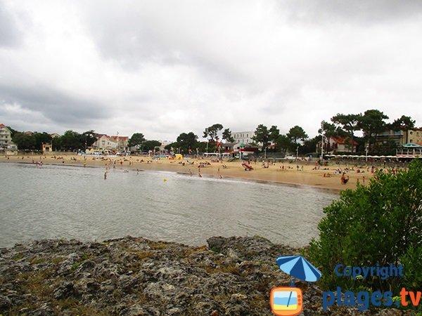 Downtown beach in Saint Palais sur Mer