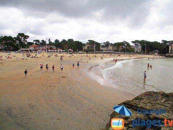 Bureau beach at low tide in Saint Palais sur Mer
