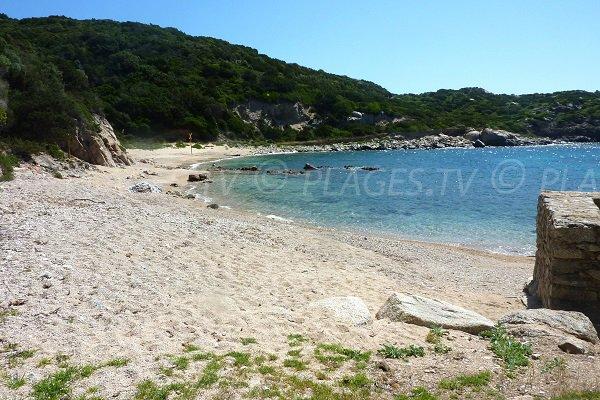 Spiaggia Cala Sciumara a Bonifacio